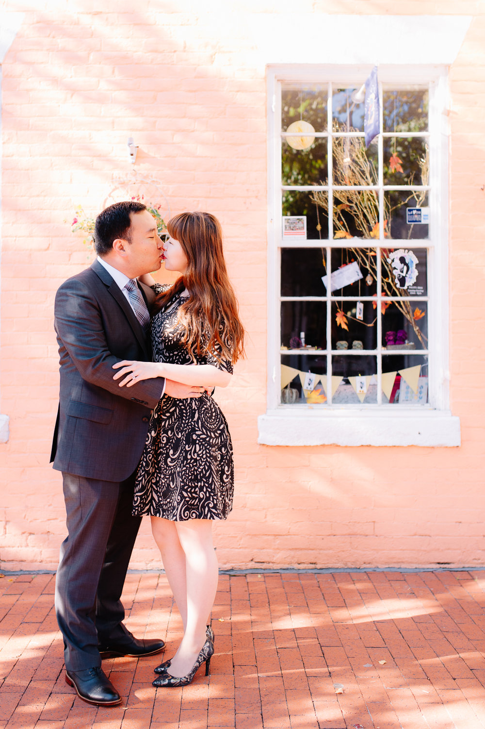 engagement_downtownfredericksburg_Fall_virginiaweddingphotographer_youseephotography_KatieKevin (8).jpg