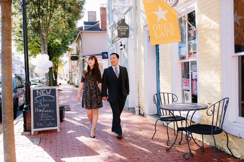 engagement_downtownfredericksburg_Fall_virginiaweddingphotographer_youseephotography_KatieKevin (11).jpg