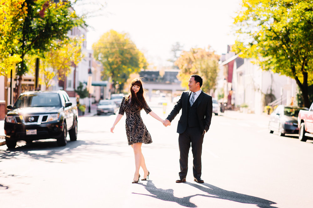 engagement_downtownfredericksburg_Fall_virginiaweddingphotographer_youseephotography_KatieKevin (16).jpg