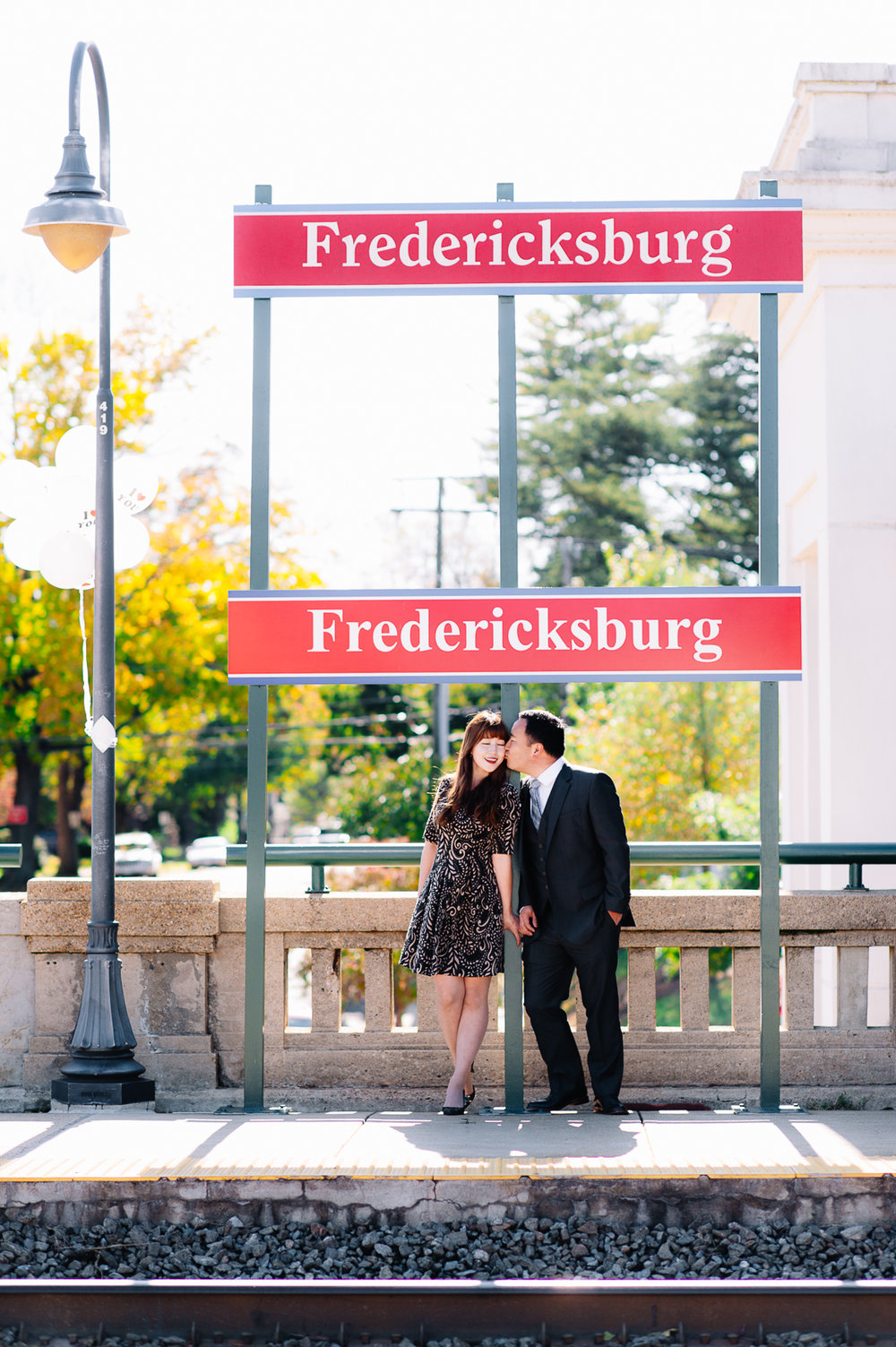 engagement_downtownfredericksburg_Fall_virginiaweddingphotographer_youseephotography_KatieKevin (26).jpg