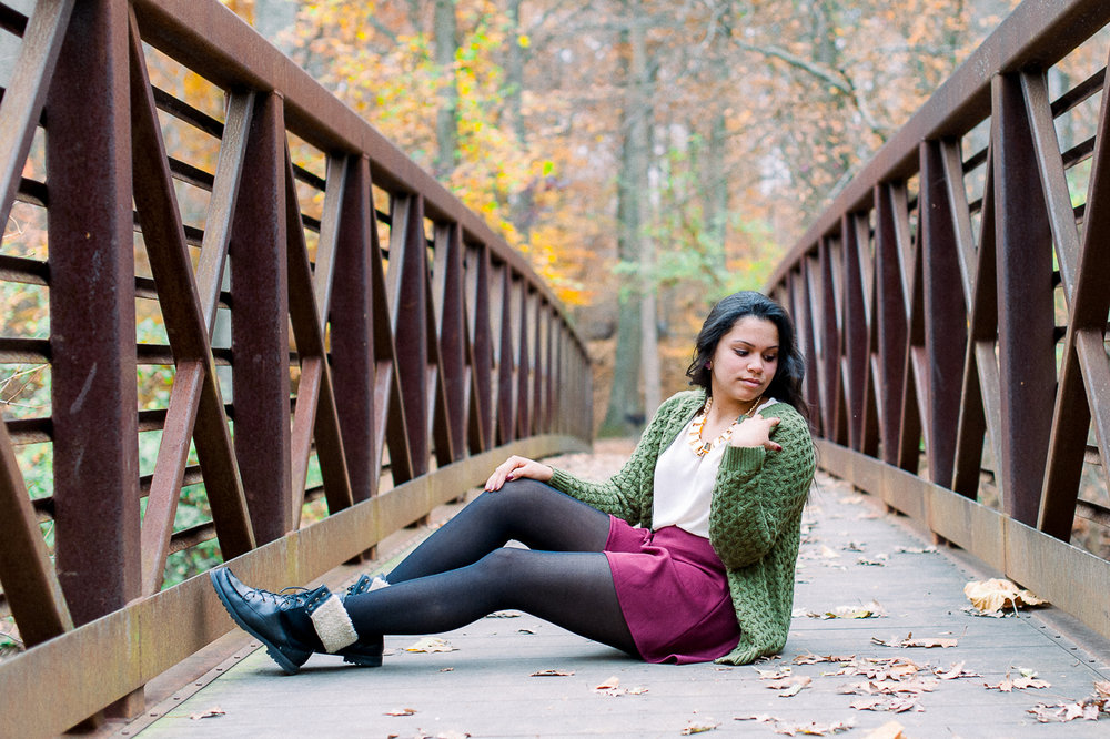 seniorphotos_fall_fredericksburgphotographer_virginia_youseephotography_ashley (1).JPG