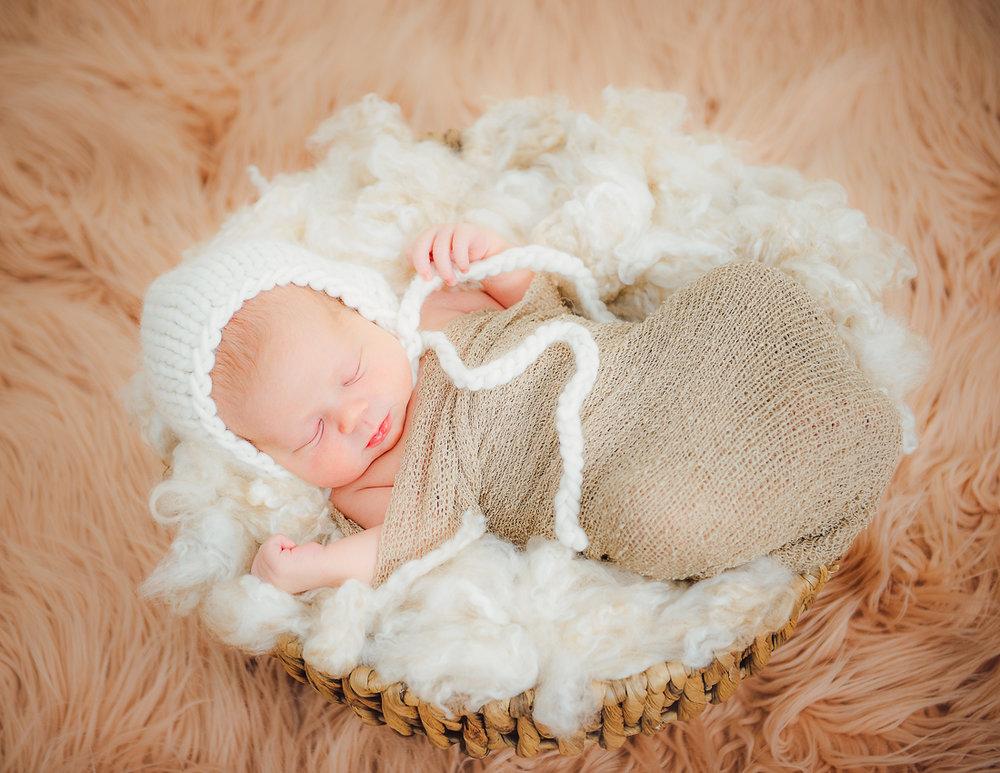 newborn_virginiaphotographer_fredericksburgnewborn_woodbridgenewborn_youseephotography_babyAudrey (19).JPG