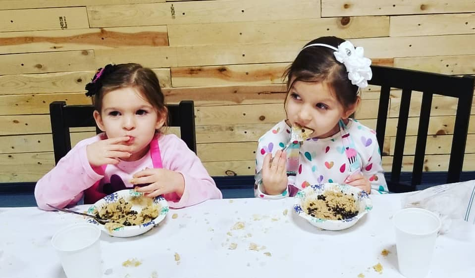 Edible Cookie Dough Workshop - Your child and their guests get to make their very own batch of edible sugar cookie dough and edible chocolate chip cookie dough. Party includes 2 cheese pizzas and water/lemonade for all children.2 hr party for up to 15 kids - $410 ($26 per additional child)