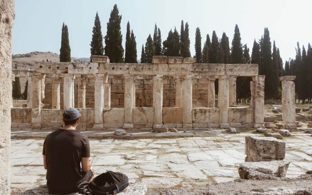 Sketching the ancient ruins of Hierapolis