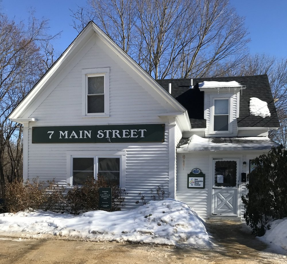 7 Main Street Plymouth NH AweSome Rentals State