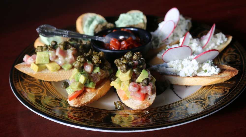 The Cavern's Crostini flight…