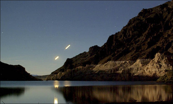 UNIDENTIFIED FLYING OBJECTS SEEN OVER LAKE BAIKAL, SIBERIA