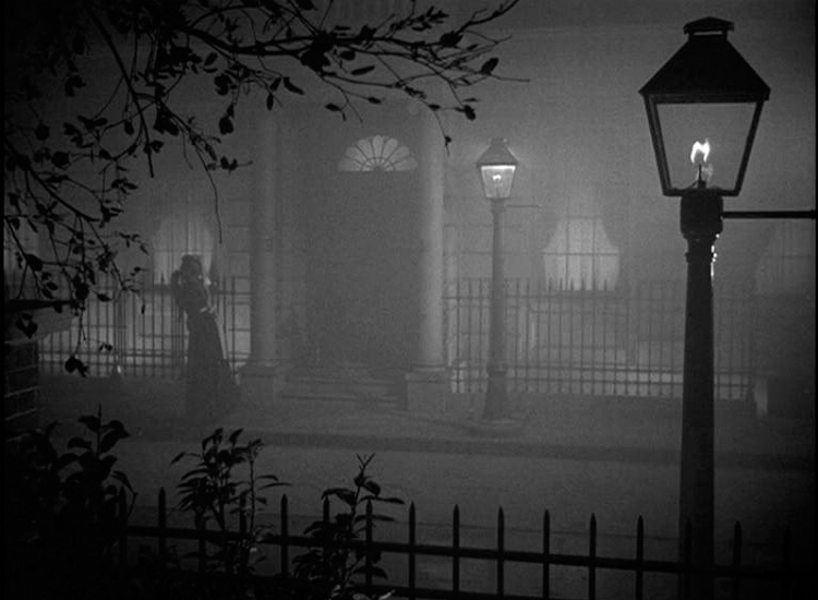 A-Victorian-Ghost-Story-The-Haunting-of-50-Berkeley-Square-4.jpg