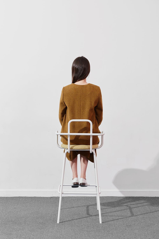 kovy stool 02.jpg