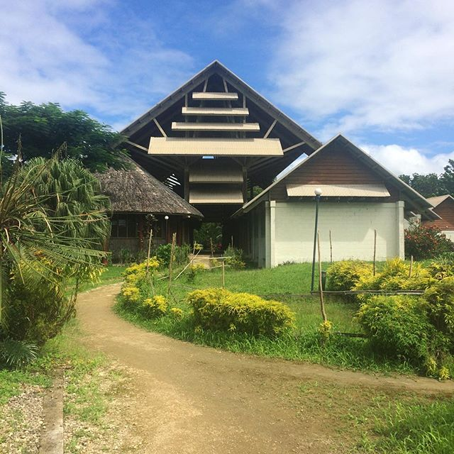 7 months ago I finished my Masters degree, never did I think I'd be choosing to head back to a university library. . . The best way to get local documents, historic newspapers and locally produced articles - the USP library. . . 📍USP Santo Campus, Vanuatu . . #travel #instatravel #tourism#passportready #travelblogger #wanderlust #travelling #travelblog #instago #travelpics #tourist #wanderer #travelphoto #travelingram #mytravelgram #travels #travelphotography #amazing #arountheworld #tourist #solotravel  #traveler