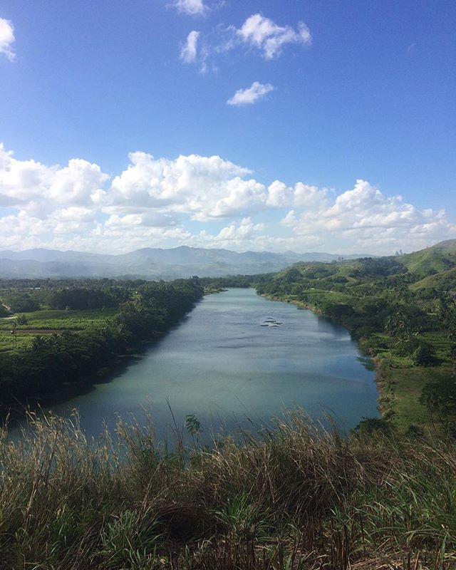 The rare time I wasn't stood next to the coast. . . 📍Sigatoka River, Fiji . . #travel #instatravel #tourism#passportready #travelblogger #wanderlust #travelling #travelblog #instago #travelpics #tourist #wanderer #travelphoto #travelingram #mytravelgram #travels #travelphotography #amazing #arountheworld #tourist #solotravel  #traveler