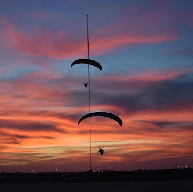 There are sunsets... and then there are sunsets 🌅 One for the books up here in #rasalkhaimah #rasalkhaimahtourism 📸 @hahamos28 #skyopsx #skyschool #skyschooluk #skyweek  #paramotoring #paragliding #learn2fly #fun #fly #paramotor #aerialexperience #comeflywithus #parajet #ozoneparamotors #adventure #adventureculture #discoverearth #ourplanetdaily #travel #instatravel #iphonephotography #instagood #photooftheday #picoftheday #instapassport #travelgram #igtravel #adventuretravel