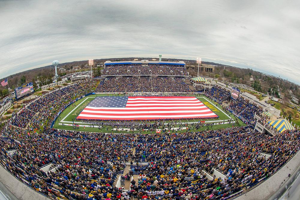 giant flag - wwwtomrothenbergcom.jpg