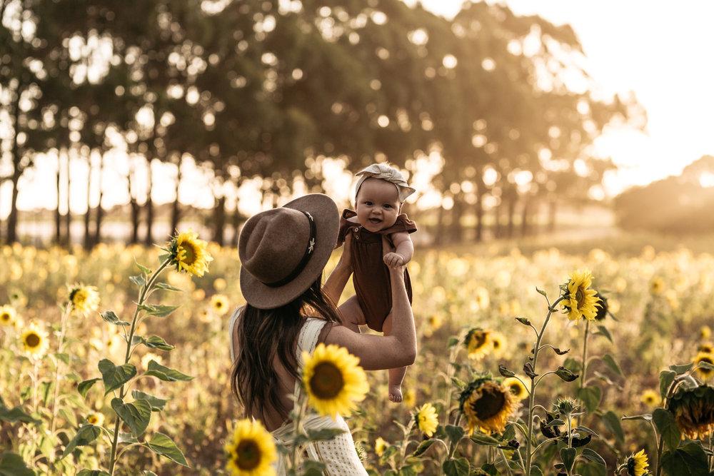 Elkie_Sunflowers2019_KHPhoto-5.JPG