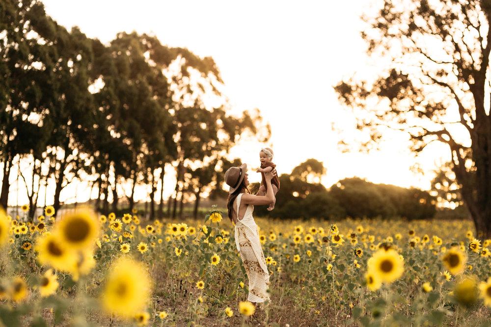 Elkie_Sunflowers2019_KHPhoto-50.JPG