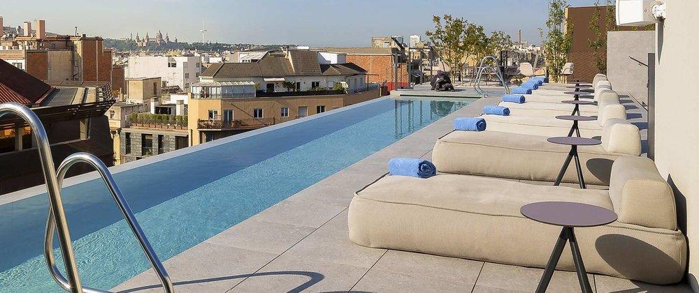 terraza-oe.jpg.1920x807_default.jpg