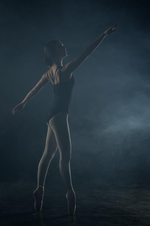 ballerina-en-pointe.jpg