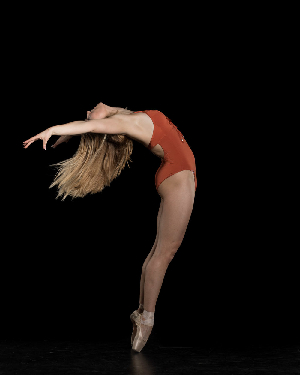backbend-en-pointe.jpg