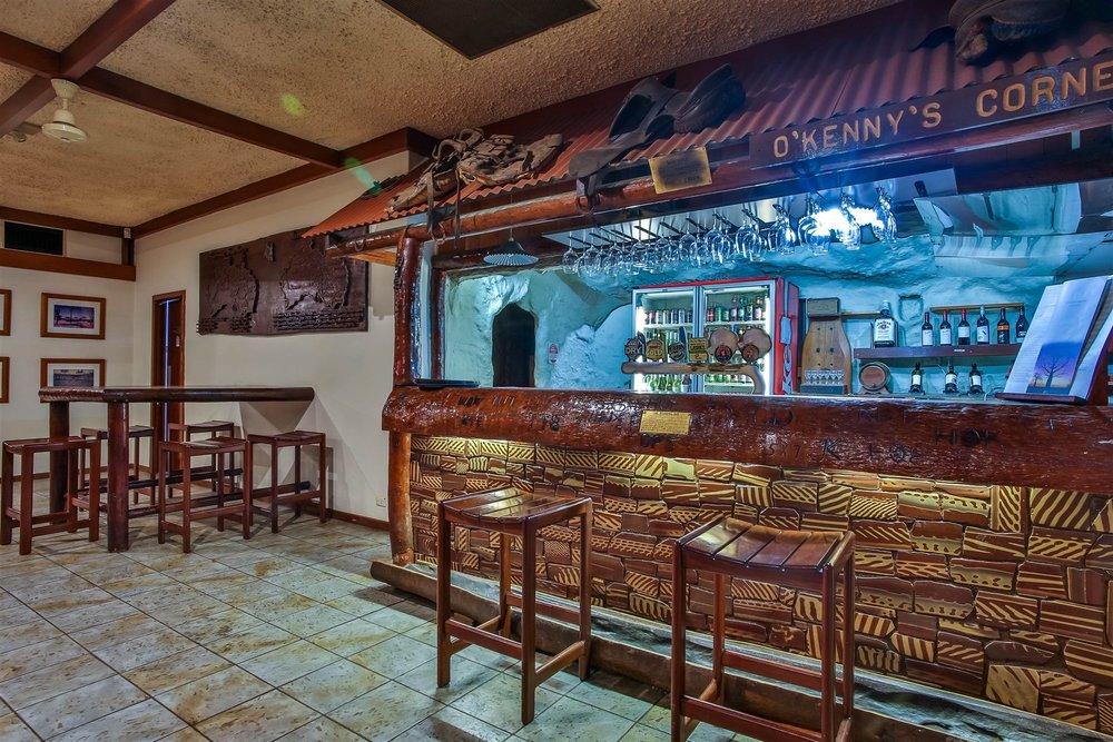 hotelkununurra-restaurant-4.jpg