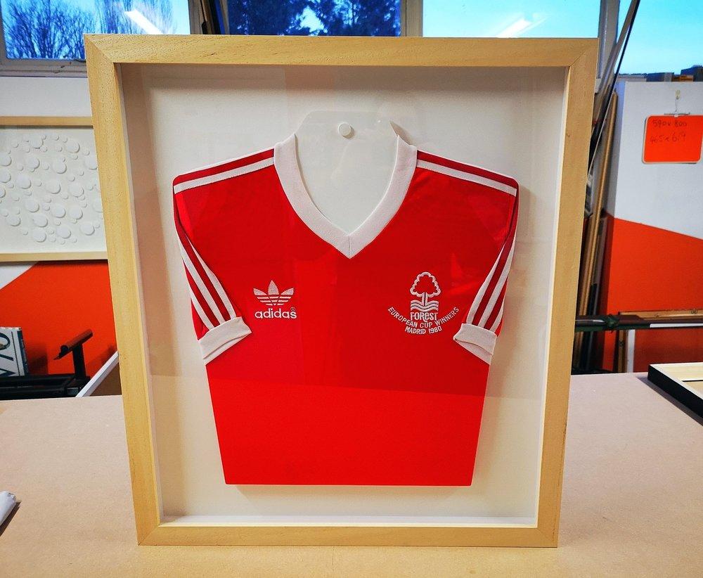 nottingham forest european cup winner football shirt framed