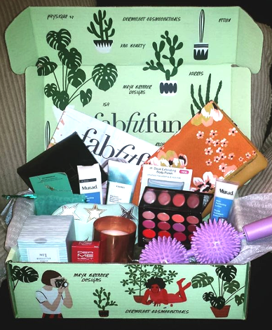 - Feeling lucky? You don't even have to be for this deal! Get $10 off your first FabFitFun box HERE.  Make sure to use coupon code SPRINGLOVE to get $10 off!I am so obsessed with these goodies. It's the only way I can keep up with the latest trends when my head is stuck in a book :)  Plus it's fun to have something to look forward to in the mail.  I can't recommend it enough!