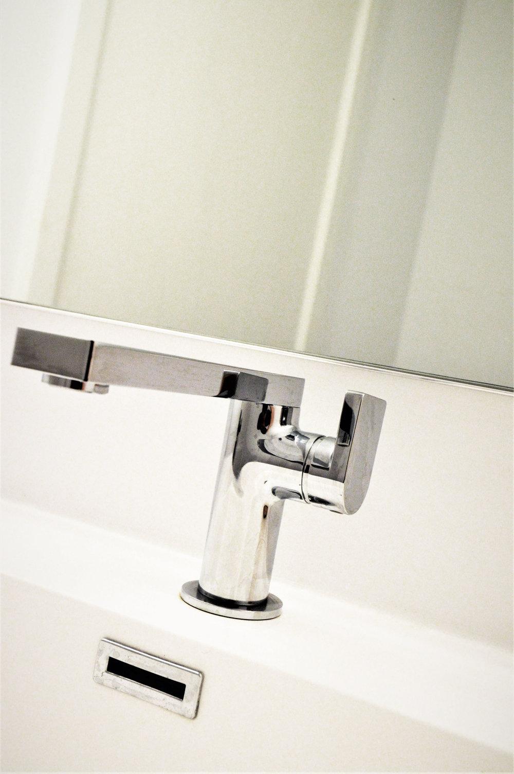 faucetdetail_bathroom.jpg