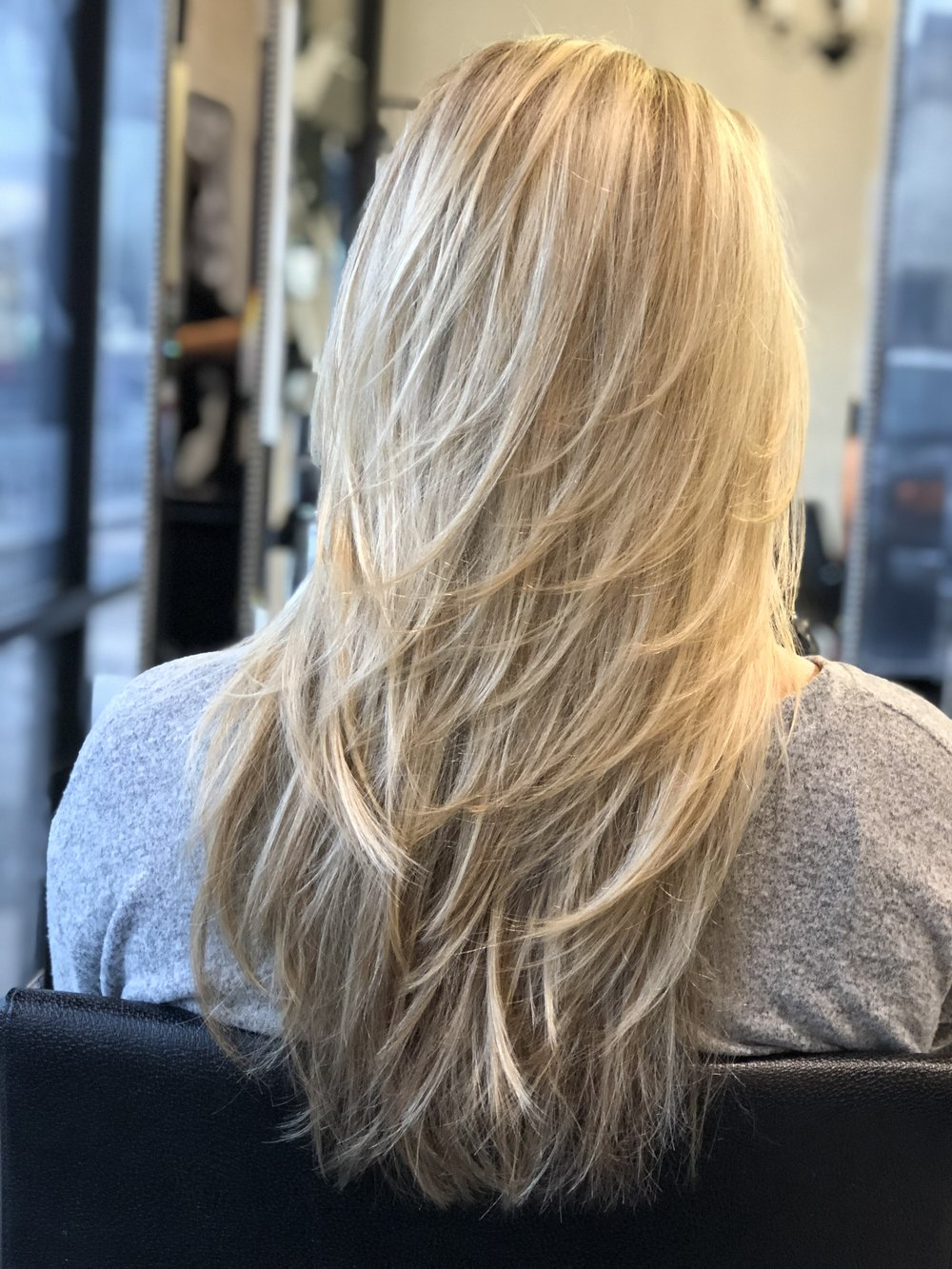 blonde-layered-hair-cut.jpg