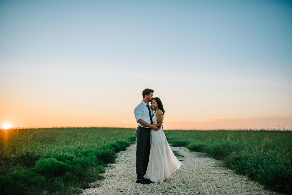 Flint+Hills+Wedding-Clover+Cliff+Bed+and+Breakfast-Neal+Dieker-Wichita,+Kansas+Wedding+Photographer-Kansas+Outdoor+Wedding-256.jpg