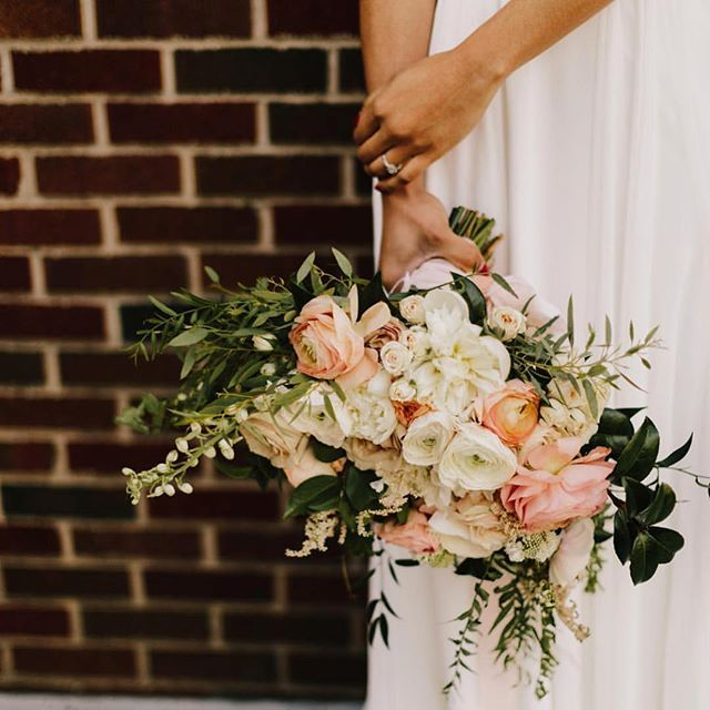 We're halfway through the week which makes 🐪 day our favorite. . Photo: @alyssabarletter  Venue: @8thandmainkc  Florals: @wildhillflowers . Tag #thekansasbride to be featured!