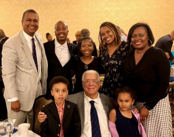 Mossi Tull, Joshua Wright, Nqobile Mthethwa, Kristal Clemons, Gretchen Generett. Seated: Knox Tull and grandchildren.