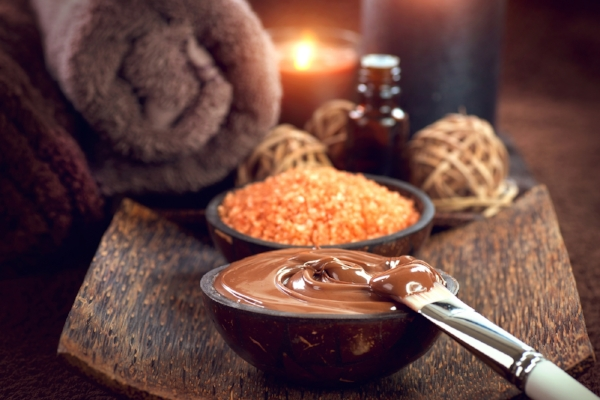 bigstock-Chocolate-Spa-Mask-Bath-salt-189639562.jpg