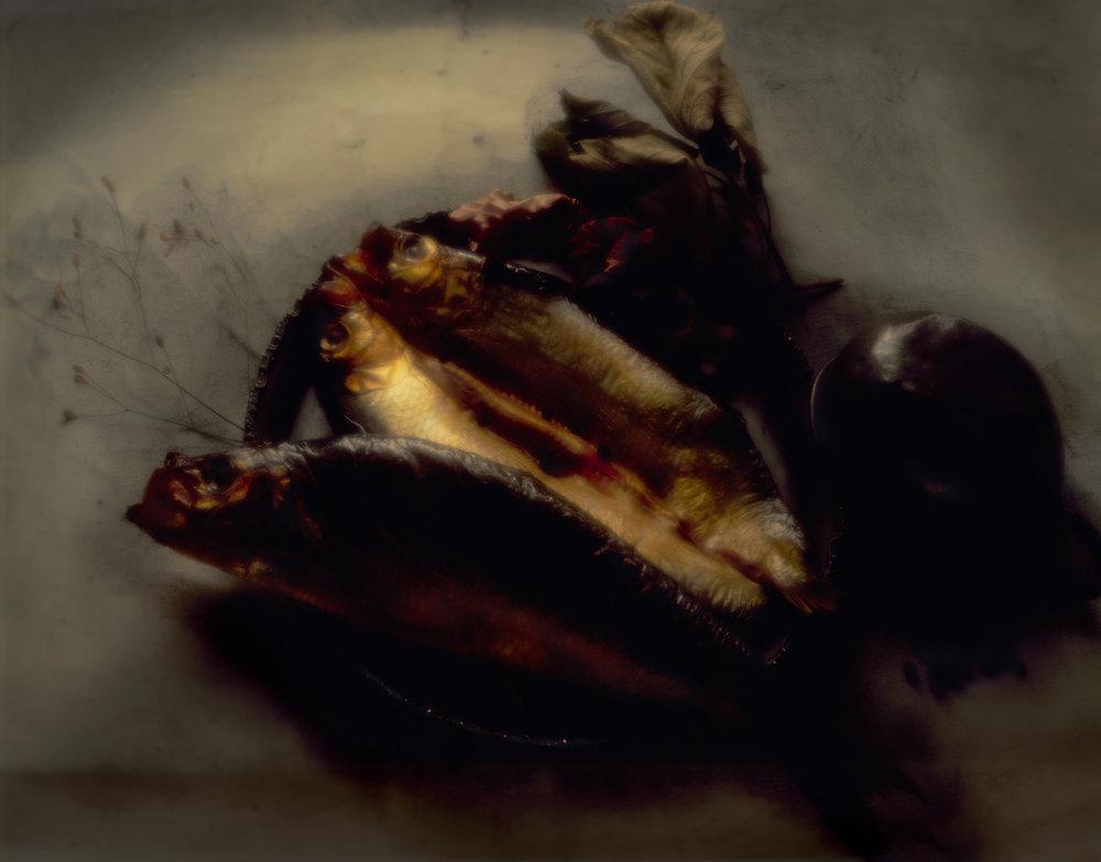 015 smoked mackerel on pewter plate psd .jpg