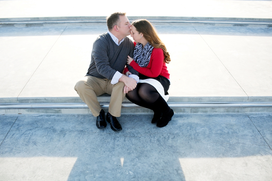 jeffersonville-indiana-engagement-photos-river-water-red-021