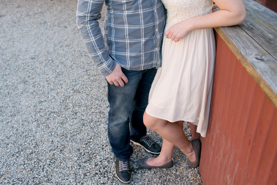 downtown-louisville-engagement-photos-123
