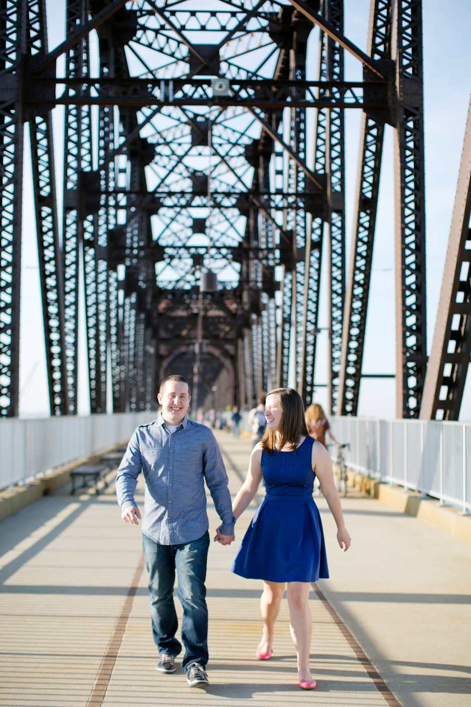 downtown-louisville-engagement-photos-133