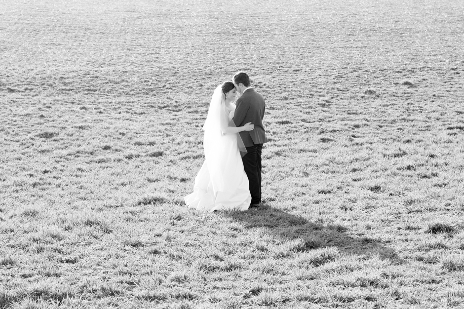 gallreins-farm-wedding-shelbyville-ky-spring-051