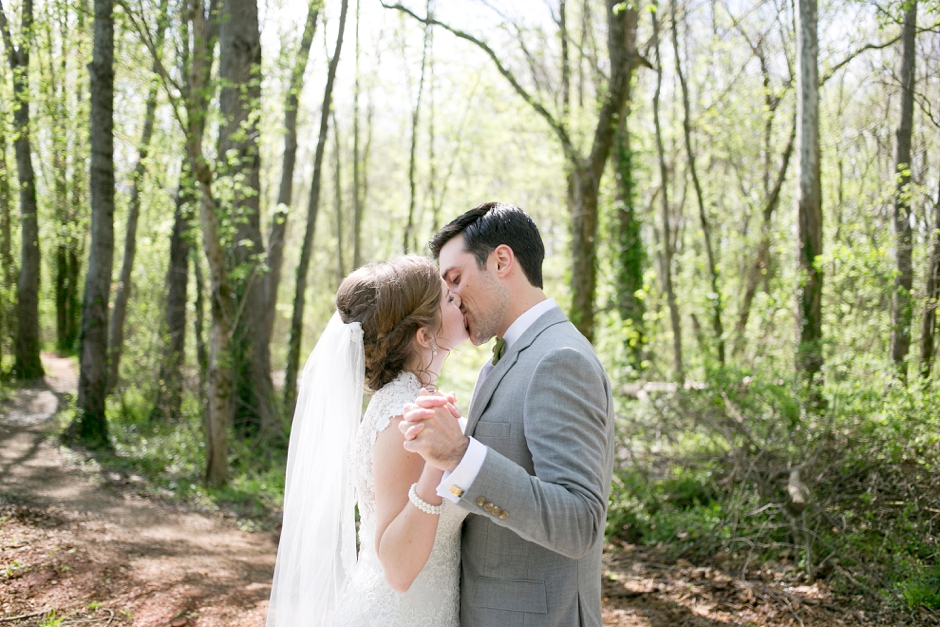 bowling-green-wedding-photos-outdoor-spring-047