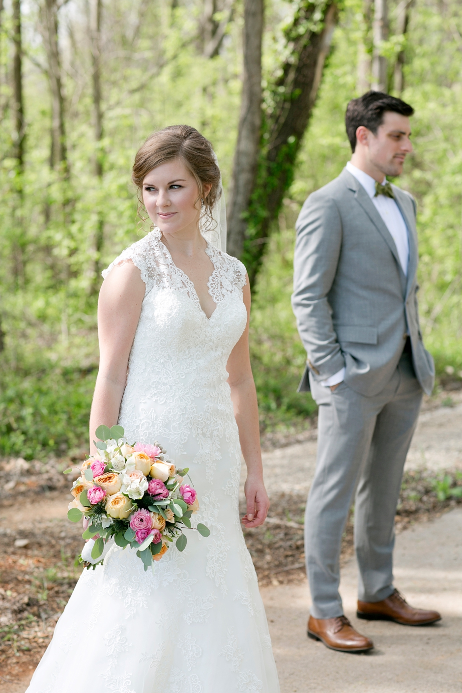 bowling-green-wedding-photos-outdoor-spring-070