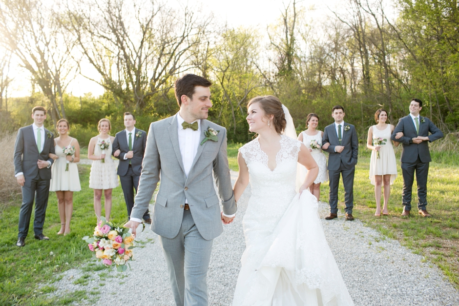 bowling-green-wedding-photos-outdoor-spring-096