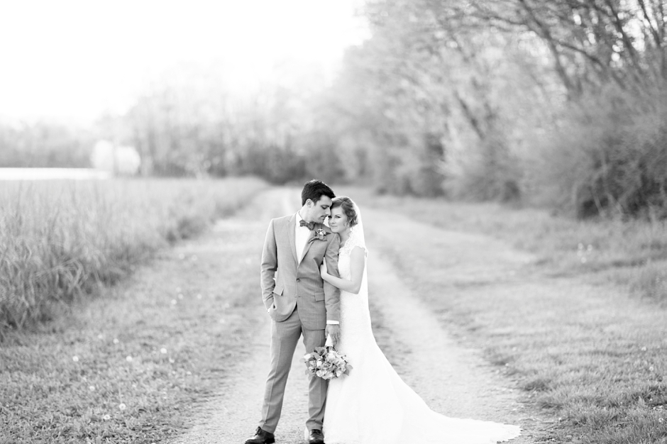 bowling-green-wedding-photos-outdoor-spring-106