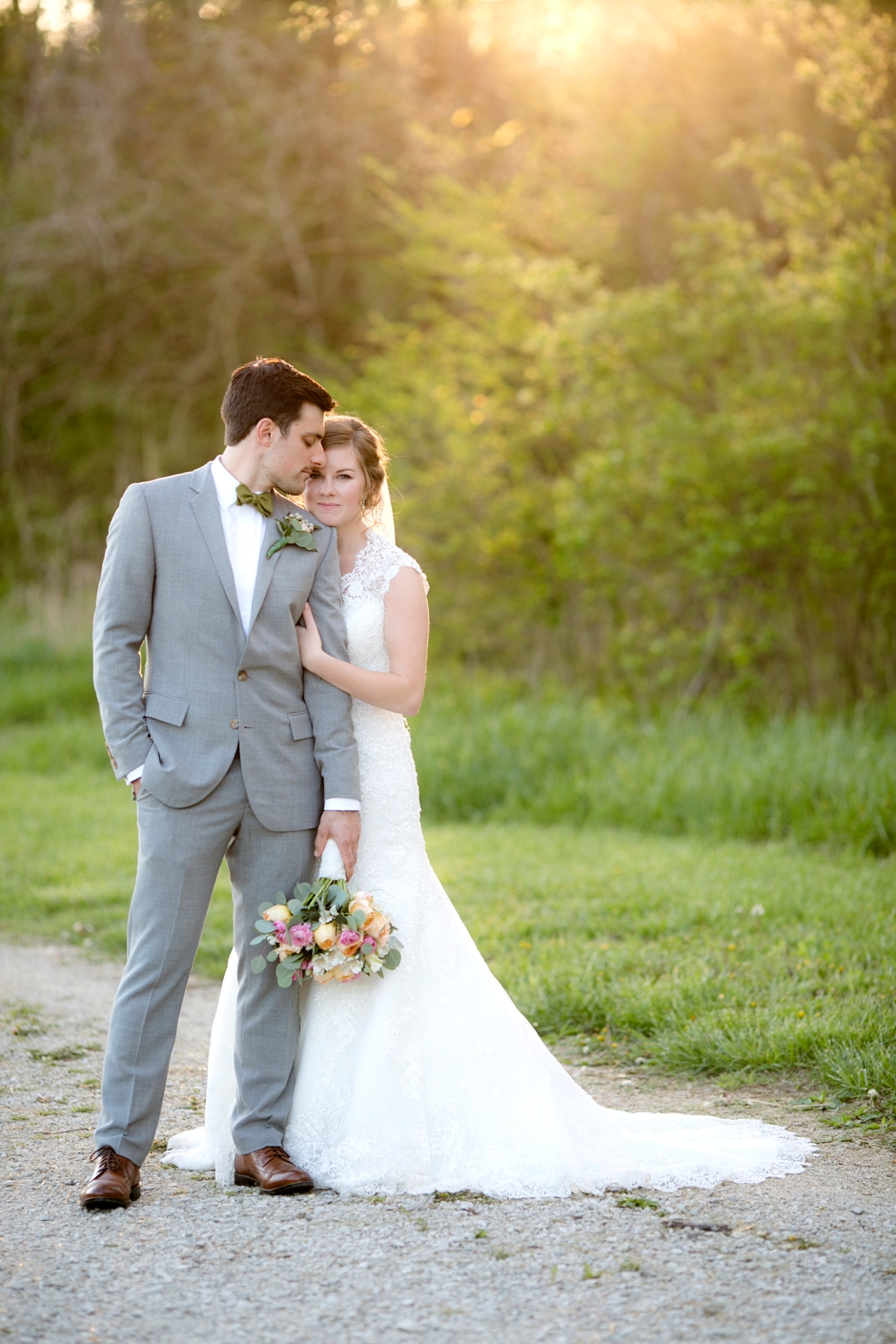 bowling-green-wedding-photos-outdoor-spring-107