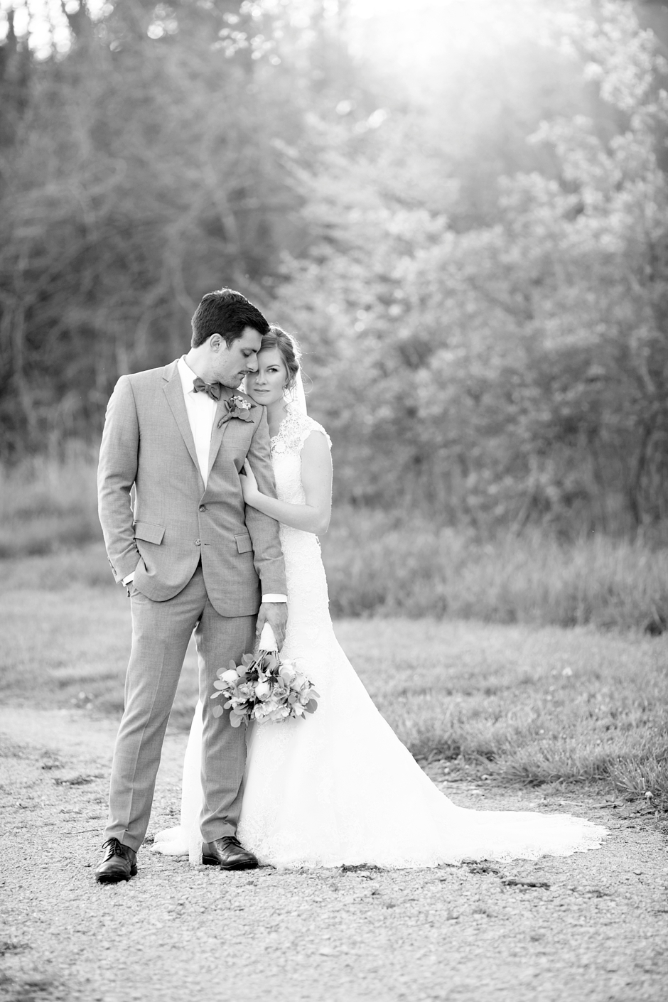 bowling-green-wedding-photos-outdoor-spring-108