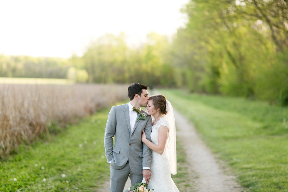 bowling-green-wedding-photos-outdoor-spring-109