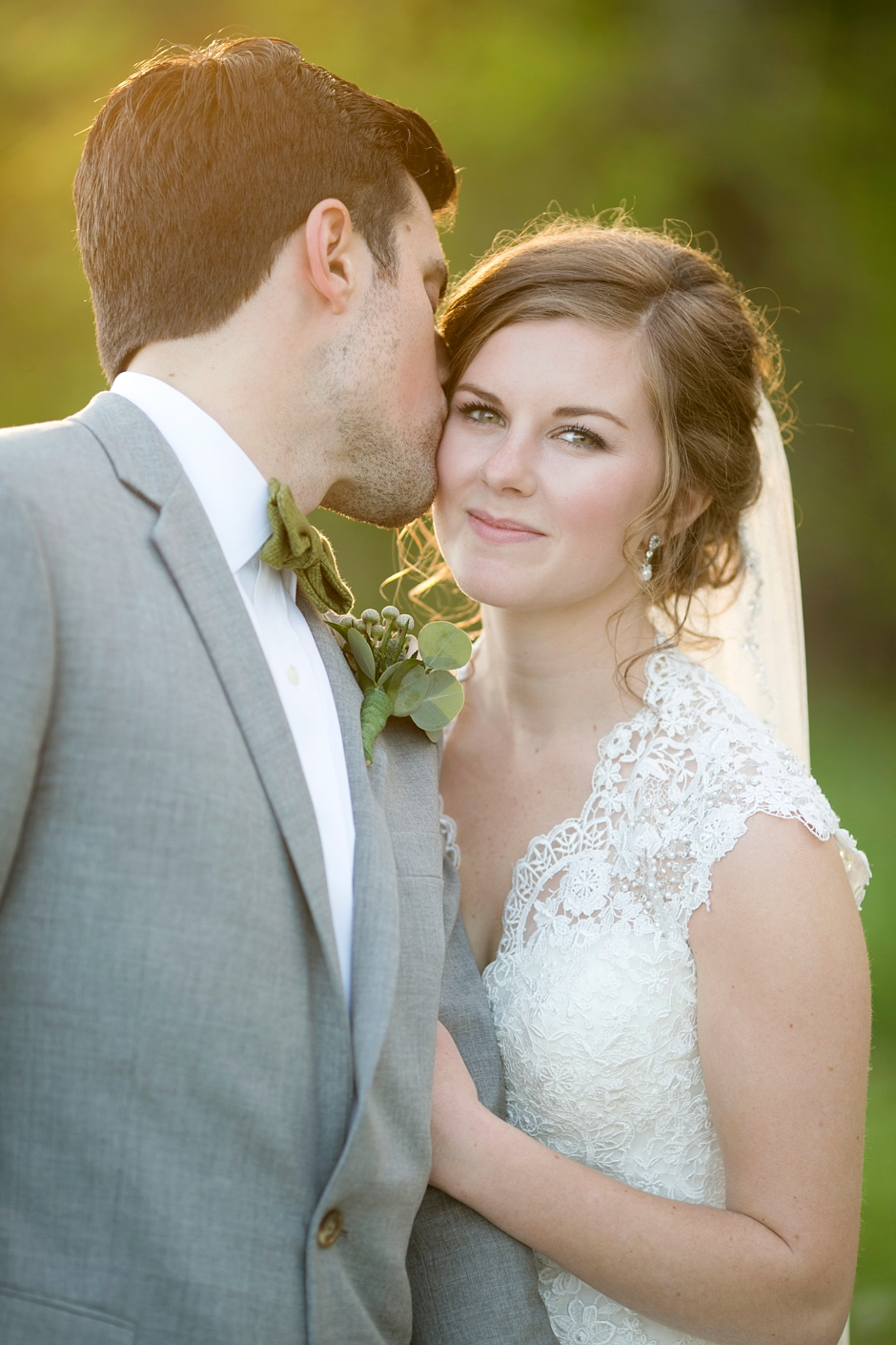 bowling-green-wedding-photos-outdoor-spring-114