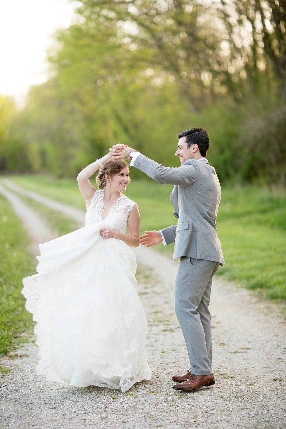 bowling-green-wedding-photos-outdoor-spring-116