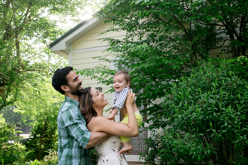 asheville-north-carolina-family-at-home-photography-85