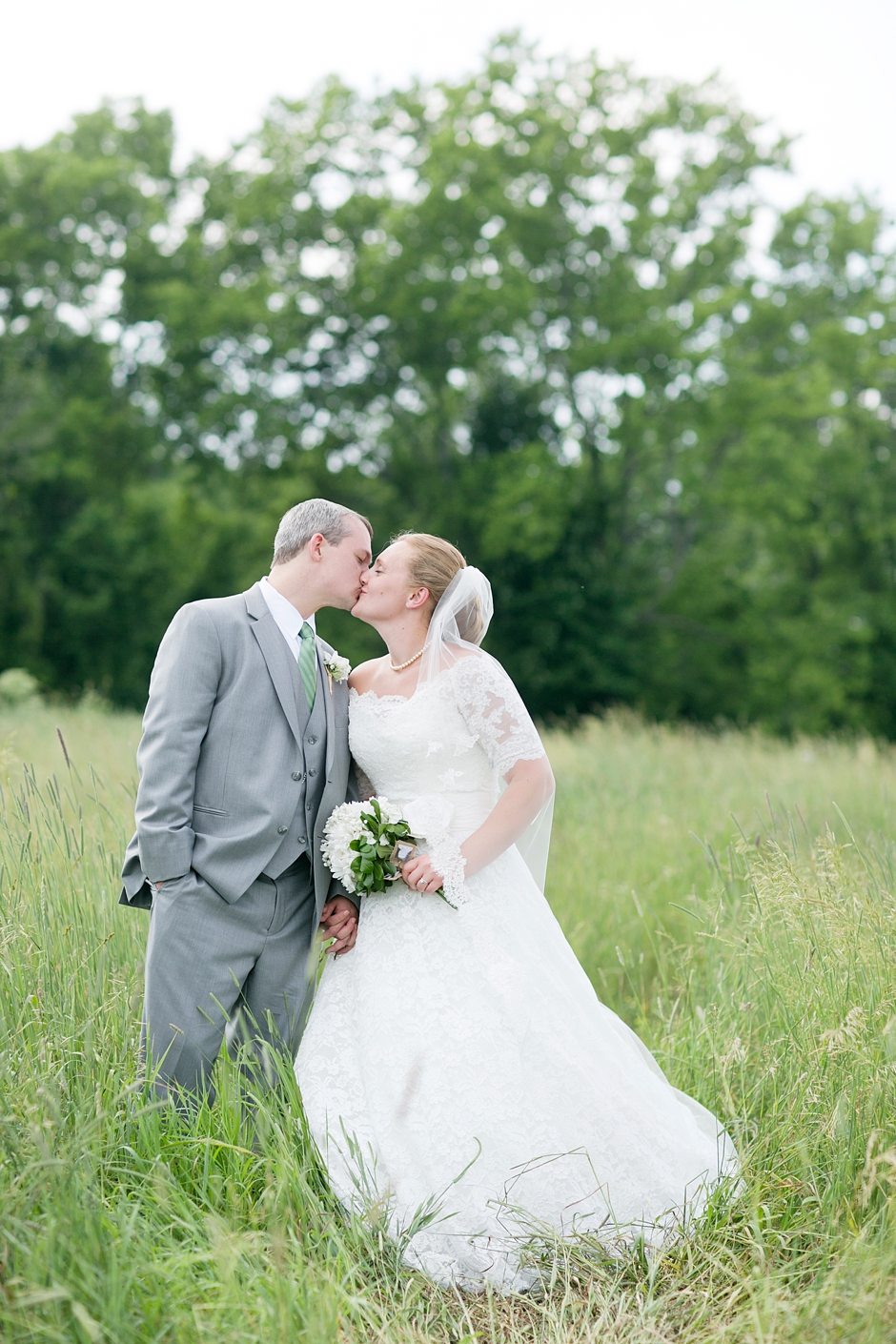 kentucky-catholic-wedding-summer-757
