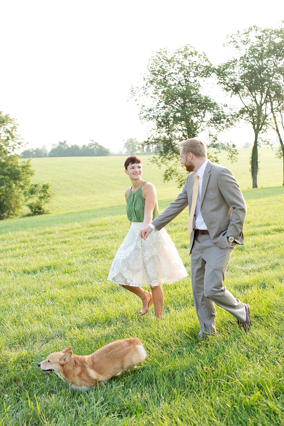 keeneland-engagement-photos-corgi-bluegrass-ky-equestrian-001