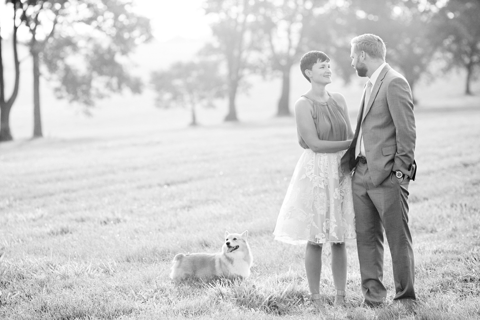 keeneland-engagement-photos-corgi-bluegrass-ky-equestrian-013