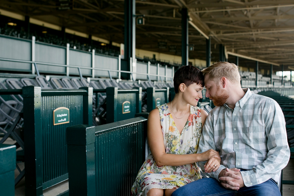 keeneland-engagement-photos-corgi-bluegrass-ky-equestrian-026